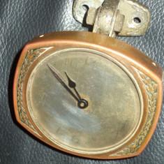 Ceas colectie pentru masina antic perioada anilor 1900 american