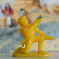 (14)Cowboy si indieni romanesti, perioada comunista, figurina plastic, anii '80