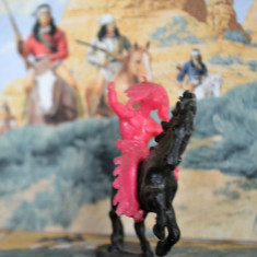 (7 )Cowboy si indieni romanesti, perioada comunista, figurina plastic, anii '80