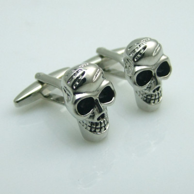 Butoni camasa craniu  ROCK metalici argintii + ambalaj  cadou foto