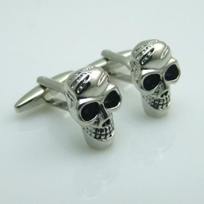 Butoni camasa craniu  ROCK metalici argintii + ambalaj  cadou