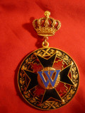 Decoratie - Coroana ,Cruce neagra si W , metal si email , h= 8 cm