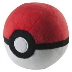 Jucarie De Plus Pokemon Poke Ball Plush Tomy