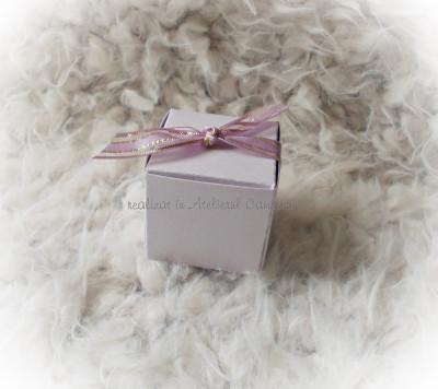 Kit 50 marturii nunta (cutie cub/ funda organza) LILA - pret redus foto
