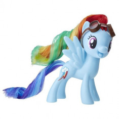My Little Pony - Figurina Rainbow Dash cu Ochelari de Aviator - Figurina Povesti Hasbro