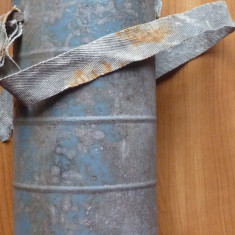 Masca de gaze franceza din primul razboi mondial, in tub din metal