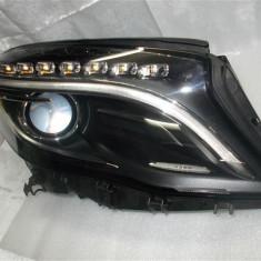 Far dreapta Mercedes GLA xenon led an 2014 cod A1569061800