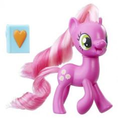 My Little Pony - Figurina Cheerilee cu Jurnal - Figurina Povesti Hasbro