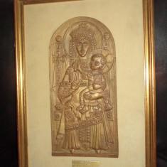 Icoana veche din bronz masiv basoreliefat o piesa deosebita, 45 cm cu 32