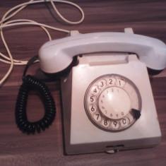 TELEFON VECHI CU DISC PERIOADA COMUNISTA IN STARE PERFECTA DE FUNCTIONARE