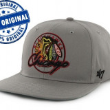 Sapca '47 Chicago Blackhawks - originala - flat brim - snapback - oficiala NHL - Sapca Barbati, Marime: Marime universala, Culoare: Gri