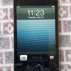 IPod touch (4rd Gen 8 GB ((a30)) Sticla Sparta 16 ore fuctionare Apple A1367, 4th generation, Negru