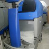 Vand masina profesionala cu acumulatori pentru spalat-aspirat pardoseli
