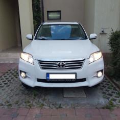 Toyota RAV4 2, 2 D-Cat an 2011, Motorina/Diesel, 160000 km, 2231 cmc