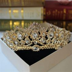 Diadema / coroana / tiara mireasa aurie cu cristale - Tiare mireasa