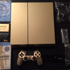 New Gold ps4 with free games and 2 controllers - PlayStation 4 Sony