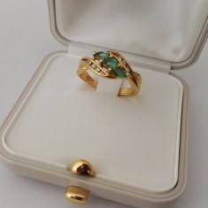 Inel din aur 18k cu smaralde si diamante - Inel aur, Culoare: Galben
