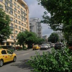 Hilton Ateneul Roman, 2 camere - Apartament de vanzare, 41 mp, Numar camere: 2, An constructie: 1960, Parter