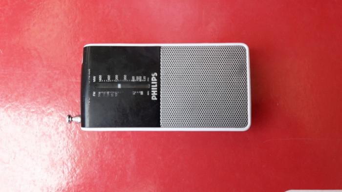 RADIO Philips AE 1530 FM/MW FUNCTIONEAZA .