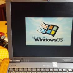 Laptop Vintage Toshiba Portege 7020CT Intel Pentium II 366 MHz