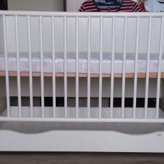Patut bebe/copil cu sistem leganare + saltea si protectii - Patut pliant bebelusi Baby Design, 120x60cm, Alb