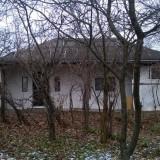 Casa batrineasca + curte - Casa de vanzare, 35 mp, Numar camere: 2, Suprafata teren: 1000