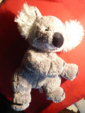 Ursulet plus Koala  marca Hermann Teddy GmbH  Germania , h= 31,5 cm