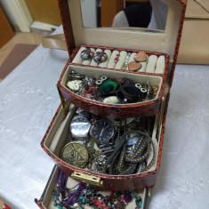 Cutie cu bijuterii - Set bijuterii handmade si fashion Meli Melo
