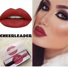 Kit set ruj gloss mat Huda Beauty + Creion Buze Cadou CHEERLEADER - Gloss buze