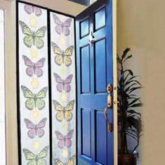 Plasa Tip Perdea Usa Anti Insecte Inchidere Magnetica   FLUTURI 210x100cm