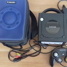 Consola Nintendo GAMECUBE - Pachet complet cu geanta de voiaj