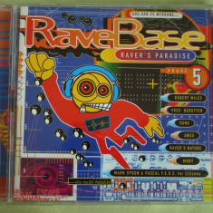 RAVE BASE 5 - Raver's Paradise - 2 C D Originale