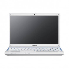 Laptop SH Samsung NP305V5A, Quad-Core Amd-A8 3530MX 2.6 Ghz 4 GB RAM, 160 HDD, 15.6