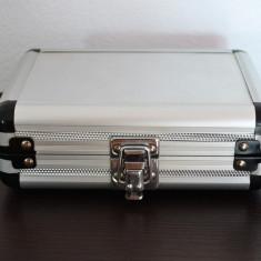 Cutie din aluminiu, cutie din metal pentru surubelnite 17.5x12.5x6 cm #454 - Cutie Ceas