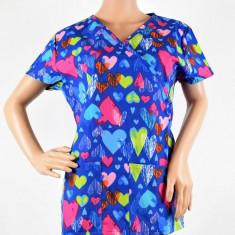 Bluza medicala imprimata, cu guler asimetric - Lotus - Uniforma medicala, Marime: Alta, Culoare: Alb