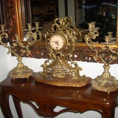 Ceas bronz, ansamblu semineu - Ceas de semineu