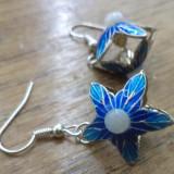 Cercei argintii - stele/flori cloisonne cu cabochoane marmura alba