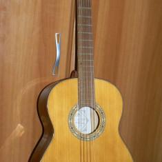 Chitara clasica AMADA pentru copii, in stare foarte buna cu husa