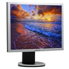Monitor LCD Refurbished Samsung SyncMaster 940N 19