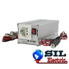 Invertor de tensiune 12V-230V, 300W, iesire USB 5V, HQ