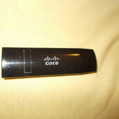 ADAPTOR WIRELESS CISCO DPW632, ARE 2, 4GHZ .FUNCTIONEAZA .