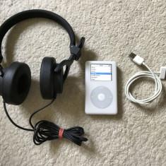 iPod Classic Apple 20gb ecran color cip audio Wolfson+accesorii(baterie 10ore vol max), 4th generation, Alb