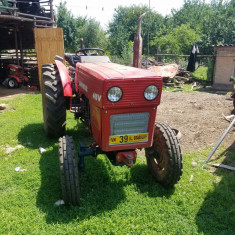 Tracto UNIVERSAL 445V - Tractor