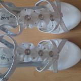 Sandale dama marimea 36