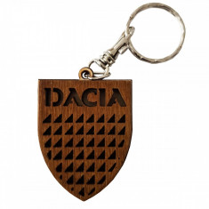 Breloc auto DACIA, din lemn