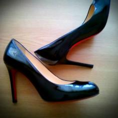 LaBoutine Pantofi Negri - Pantof dama Christian Louboutin, Culoare: Negru, Marime: 38.5, Cu toc