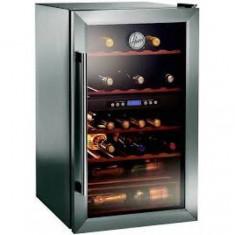 Racitor Vinuri Candy HWCA 2335 cap.bruta: 150 l, cap. neta: 122 l, Reglare electronica a temperaturii