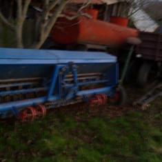 Tractor U650 +utilaje