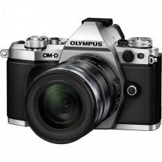 Aparat foto Mirrorless Olympus E-M5II 1250 Kit slv/blk - Aparate foto Mirrorless