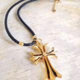 Lantisor +pandantiv CRUCE placat cu Aur 18k pe snur de PIELE - Pandantiv fashion